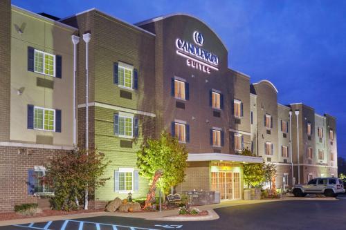 . Candlewood Suites Milwaukee Airport - Oak Creek, an IHG Hotel