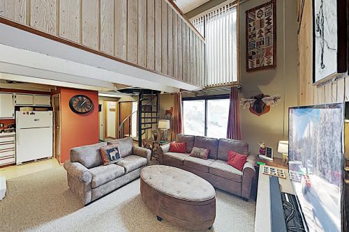 New Listing! Ski-In/Ski-Out Condo: Hot Tub, Sauna condo - Apartment - Copper Mountain