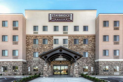 . Staybridge Suites St Louis - Westport, an IHG hotel
