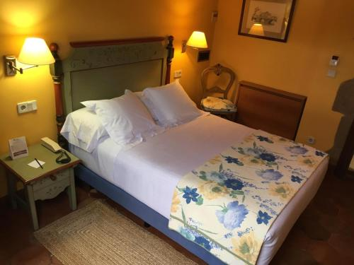 Großes Einzelzimmer Hotel Palacio Obispo 4