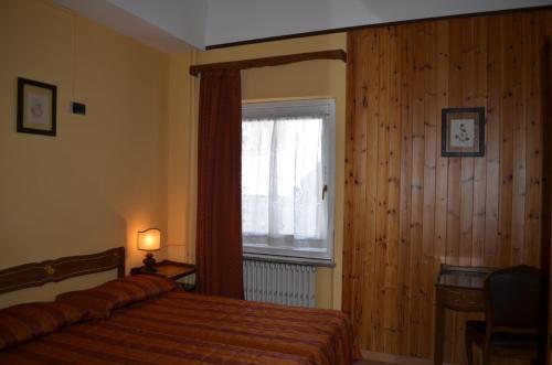 Albergo Edelweiss - Hotel - Sestrière