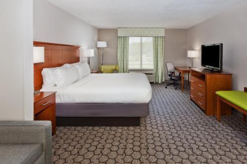 . Holiday Inn Express Phenix City-Fort Benning, an IHG Hotel