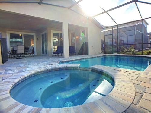 Flamingo Villa by Florida Spirit - image 1
