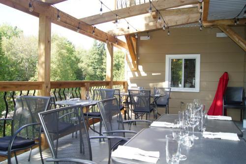 Restaurant et Gite Les Passionnés - Hotel - Val-David