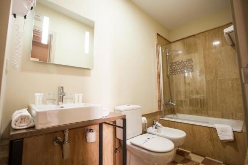 Double  Interior Room - single occupancy Hotel Boutique Casas de Santa Cruz 32