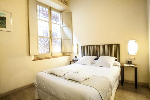 Economy Double Room - single occupancy Hotel Boutique Casas de Santa Cruz 22