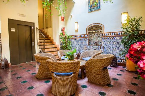 Habitación Doble con vistas al patio - Planta baja Hotel Boutique Casas de Santa Cruz 8