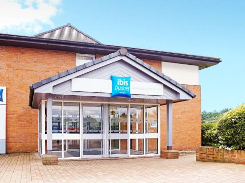 Ibis Budget Warrington Lymm Services, Lower Whitley