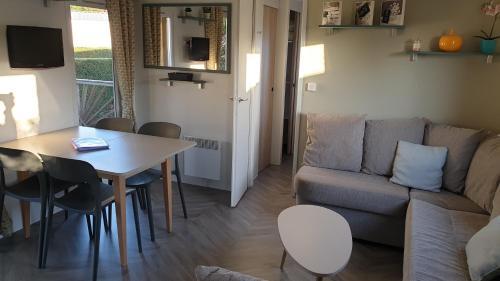 MOBILHOME GRAND CONFORT - Hotel - Lattes