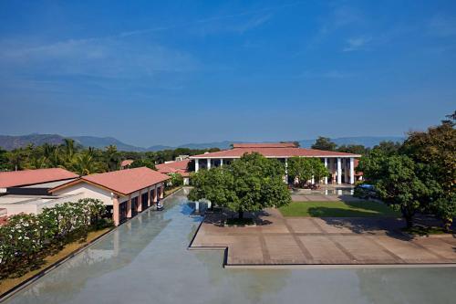 . Radisson Blu Resort & Spa Alibaug