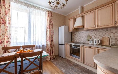 Kropotkinskaya Apartment - image 4