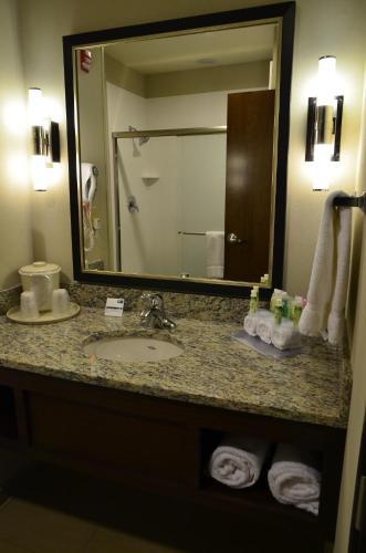 Holiday Inn Express Belgrade-Bozeman Area - Belgrade, MT 59714