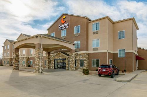 Comfort Inn & Suites near Bethel College - Hotel - Newton