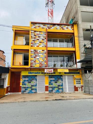 . apartamento the colors