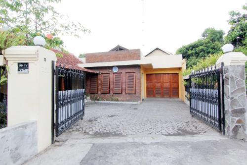 Ndalem Warungboto Homestay, Yogyakarta