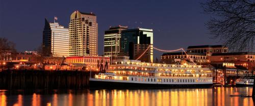 Delta King Hotel - Sacramento