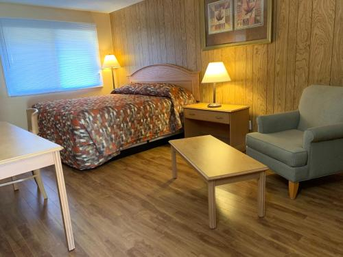 . Green View Motel and RV Park