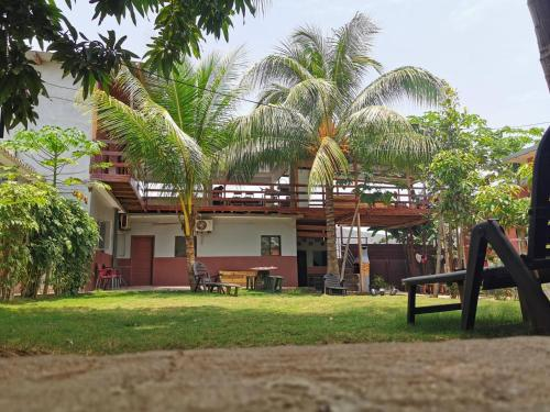 Monteiro Paradise Guest House