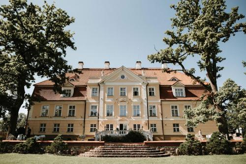 . Malpils Manor