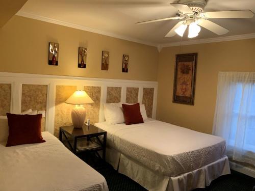 The Ocean Plaza Hotel - Accommodation - Ocean Grove