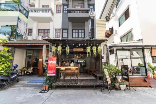Hotel Oyo 677 Le Loftel Hostel Chiang Mai