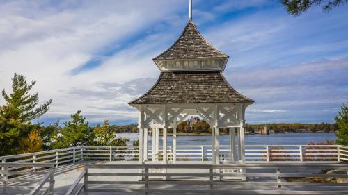 . Bonnie Castle Resort & Marina