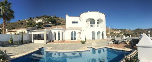 Villa Pura Vida Andalusien - Hotel - Algarrobo