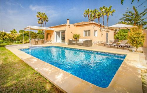 Beautiful home in Dénia w/ WiFi, Heated swimming pool and 3 Bedrooms