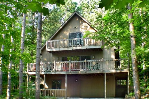 McKenzie's Lodge - Hotel - Thompsonville