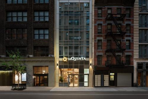 La Quinta by Wyndham Time Square South