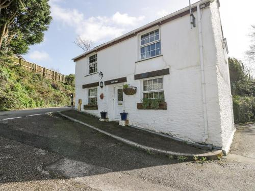 Swallow Cottage, Truro, Grampound, Cornwall