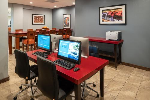 Photo - Hampton Inn Tropicana Las Vegas