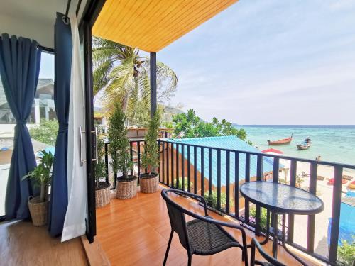 Sunrise Beach House: Private House Sunrise Beach House: Private House