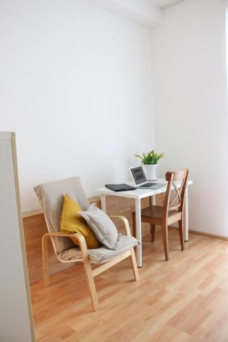 . a-domo Apartments Essen - Moderne 2 Zimmer Wohnungen in Citynähe - Ideal für 1 - 4 Personen - Langzeitmiete sowie Kurzzeitmiete