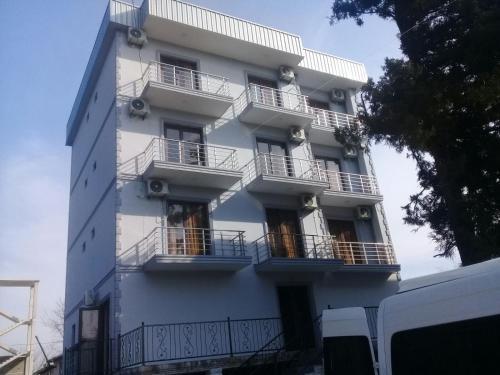 Guest House Ron - Accommodation - Kobuleti