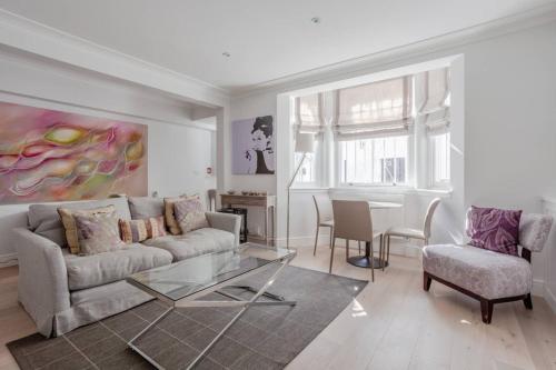 Modern Luxury Basement Flat in Chelsea