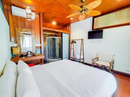 Tropical Lush Resort & Spa by Favstay Tropical Lush Resort & Spa by Favstay