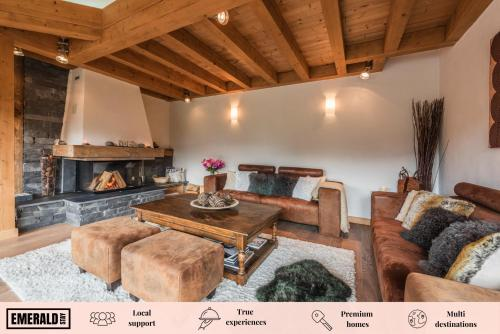 . Omaroo Chalets Morzine - by EMERALD STAY