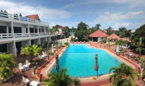 Rayong Sea View Hotel