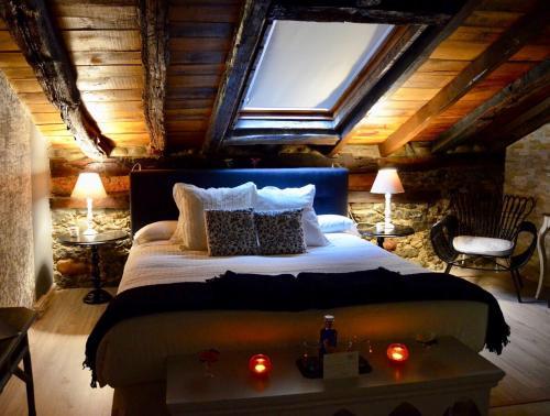Suite con bañera de hidromasaje Palacio Torre de Ruesga 3