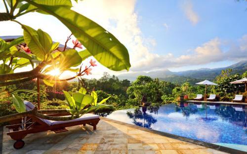 . Shanti Natural Panorama View Hotel