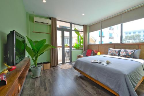HoLo Bui Vien Saigon Serviced HomeStay