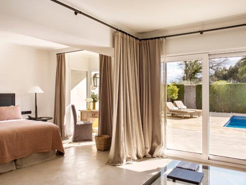 Suite con piscina privada Mas de Torrent Hotel & Spa 5