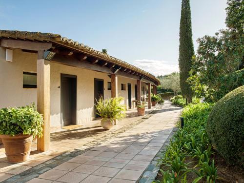 Suite mit Gartenblick Mas de Torrent Hotel & Spa, Relais & Châteaux 5