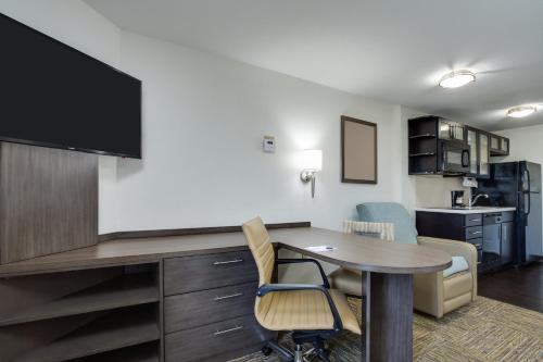 Candlewood Suites Fort Lauderdale Airport-Cruise, an IHG Hotel - image 12