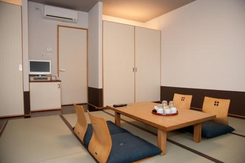 日式標準房-可吸煙 (Japanese-Style Standard Room - Smoking)
