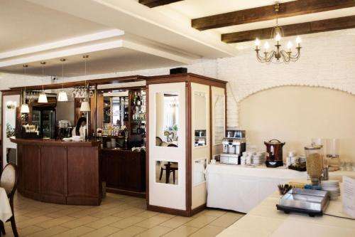 Hotel - Restauracja Koral - Photo 3 of 62