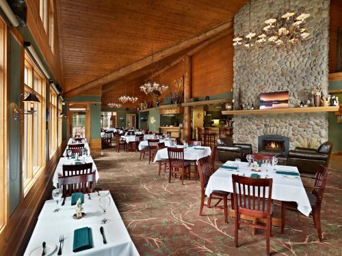 Pyramid Lake Resort - Jasper, AB T0E1E0