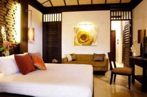 Impiana Resort Patong, Phuket room photos
