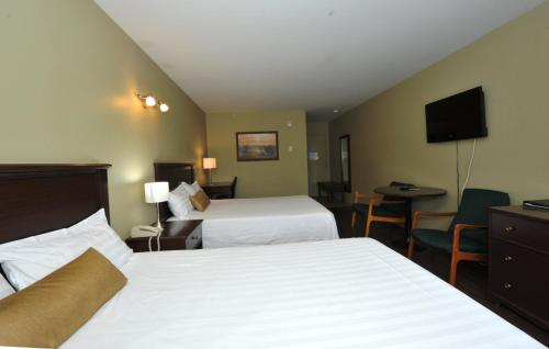 Hotel Le Voyageur - Photo 3 of 26